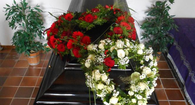 Sargdekoration - Blumenladen Ergolding